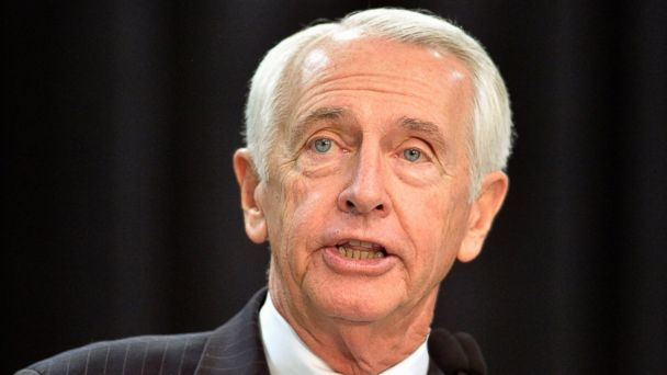 PHOTO: In this Dec. 1, 2015 file photo, then-Kentucky Governor Steve Beshear speaks in Louisville, Ky.