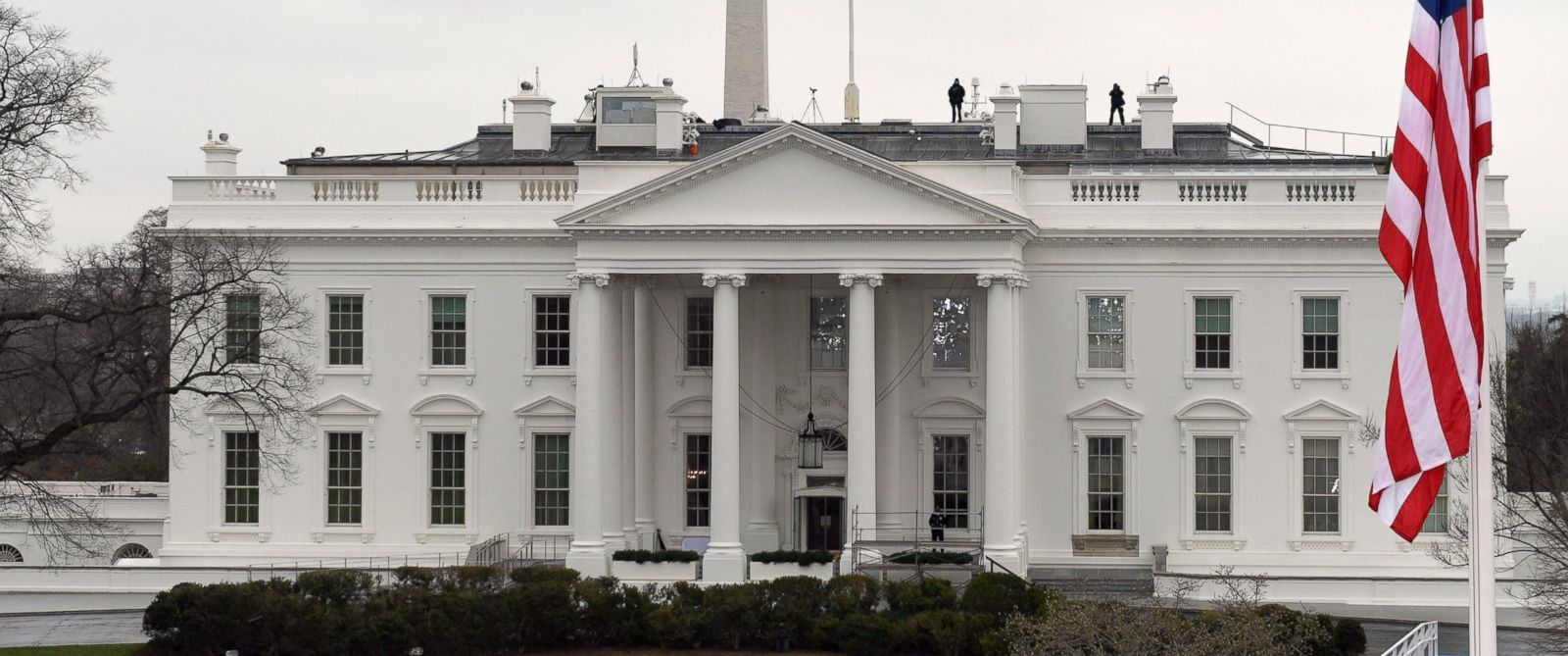 Intruder Scaled Fence To Enter White House Grounds Friday