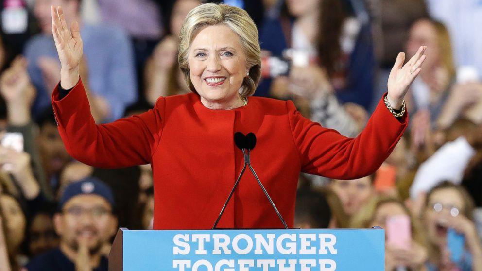 Aide shares video of Clinton avoiding hug