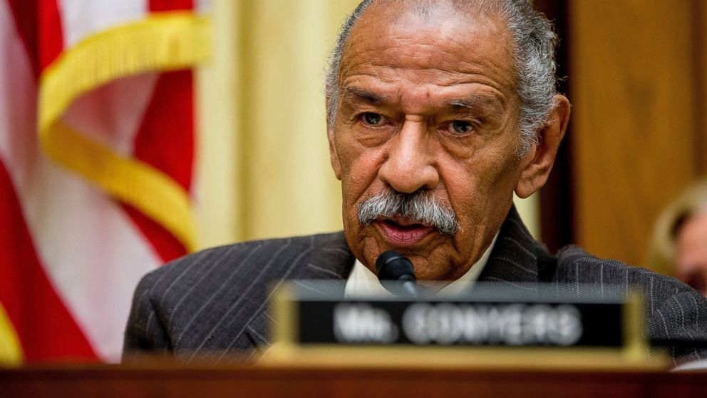 Rep. Conyers announces he's retiring today, endorses son to fill seat