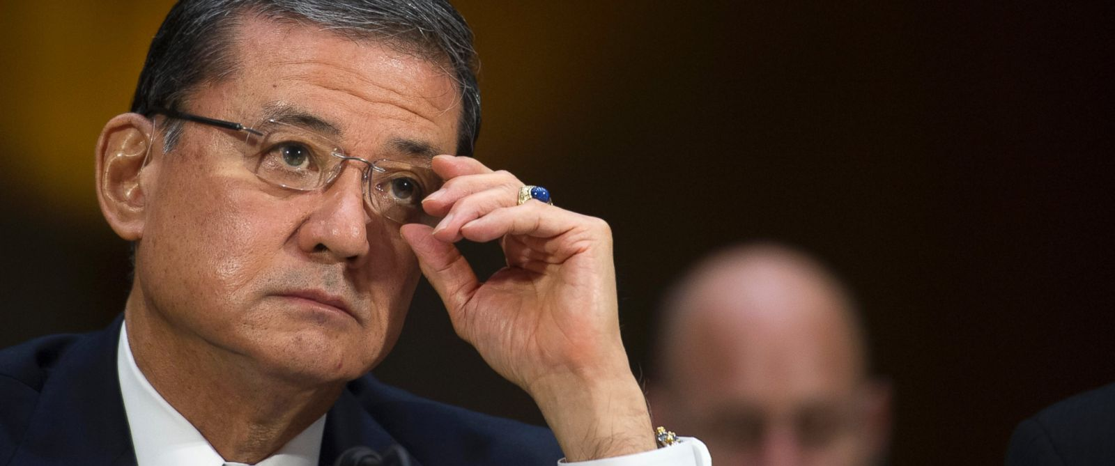 PHOTO: Veterans Affairs Secretary Eric Shinseki testifies on Capitol Hill in Washington, May 15, 2014.