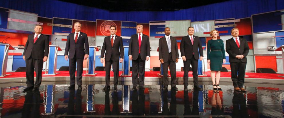 PHOTO: Republican presidential candidates take the stage before the Republican presidential debate on Nov. 10, 2015, in Milwaukee.
