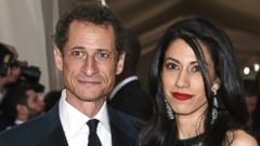 "PHOTO: Anthony Weiner and Huma Abedin arrive at The Metropolitan Museum of Art Costume Institute Benefit Gala, celebrating the opening of ""Manus x Machina: Fashion in an Age of Technology"" on Monday, May 2, 2016, in New York City."