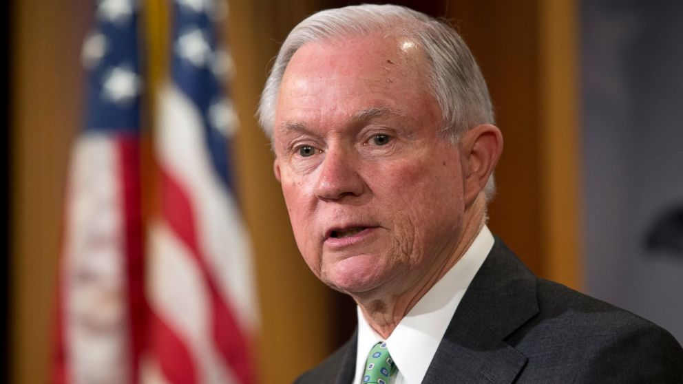 Top Senate Democrat joins calls for Sessions