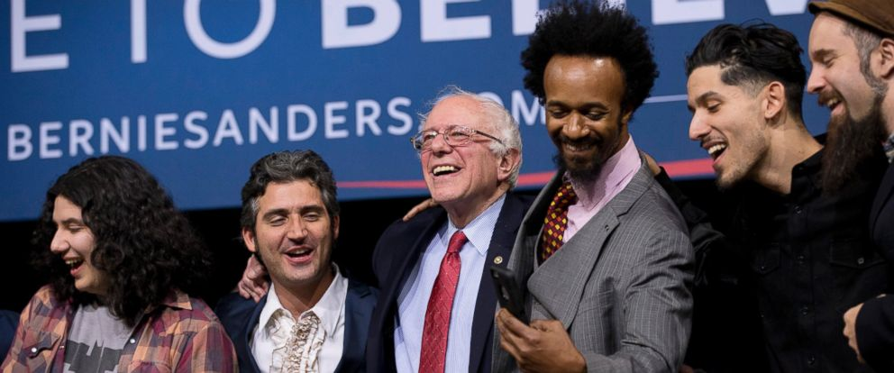 PHOTO: Democratic presidential candidate Sen. Bernie Sanders, I-Vt., center, sings with musicians and actors after a rally Friday, Feb. 19, 2016, in Henderson, Nev.