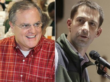 PHOTO: From left, Mark Pryor and Tom Cotton in Gillett, Ark., Jan. 11, 2014.