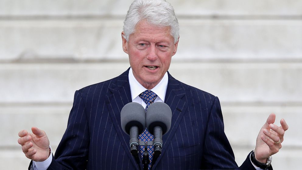 PHOTO: Former President Bill Clinton