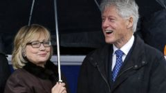 PHOTO: Former Secretary of State Hillary Rodham Clinton, left, and former President Bill Clinton