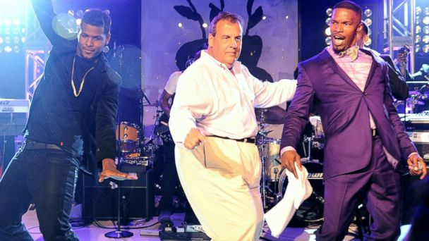AP christie foxx jef 140818 16x9 608 Chris Christie and John McCain Dance in the Hamptons With Stars