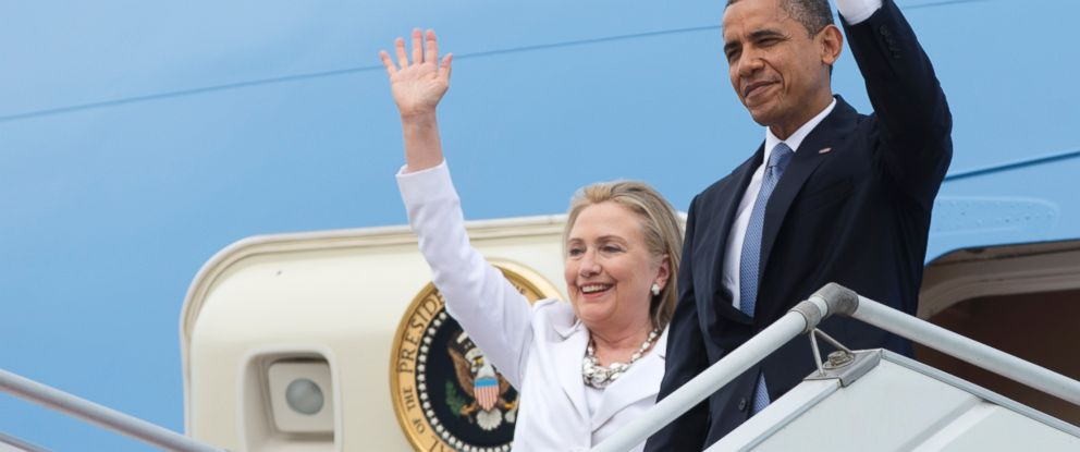 PHOTO: Barack Obama, right, and Hillary Rodham Clinton, left, are pictured in Yangon, Myanmar on Nov. 19, 2012.