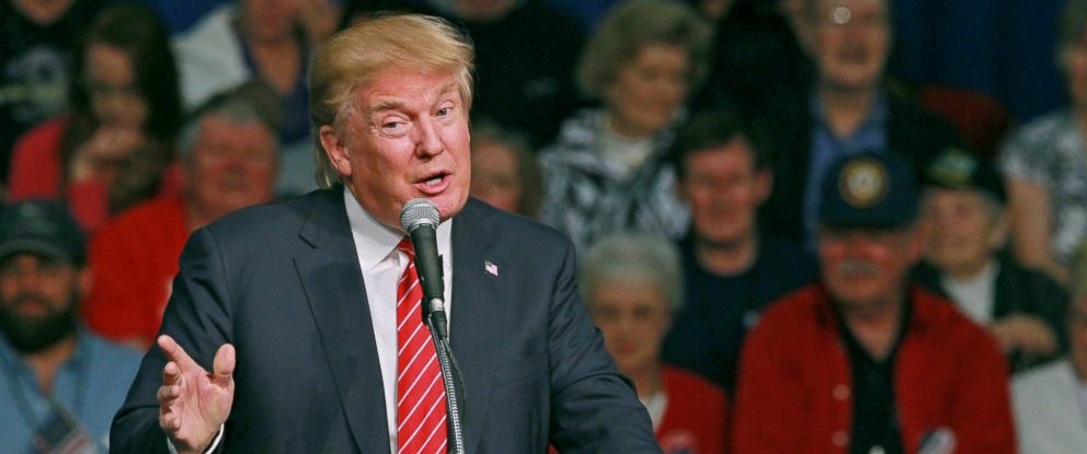 PHOTO: Republican presidential candidate Donald Trump speaks, Oct. 19, 2015, in Anderson, S.C.