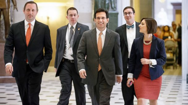 AP eric cantor staff jef 140731 16x9 608 7 Fabulous Congressional Perks Eric Cantor Gave Up Today