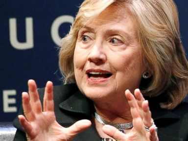 Clinton: Putin Isn't Hitler, He's Just Using Hitler's 'Tactics'