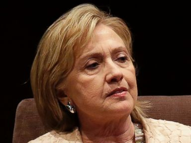 Clinton Stumbles From 'Dead Broke' to 'Not Truly Well Off'