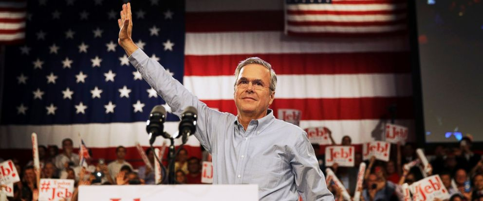 PHOTO: Former Florida Gov. Jeb Bush waves as he takes the stage as he formally announced he is joining the race for president with a speech, June 15, 2015, at Miami Dade College in Miami.