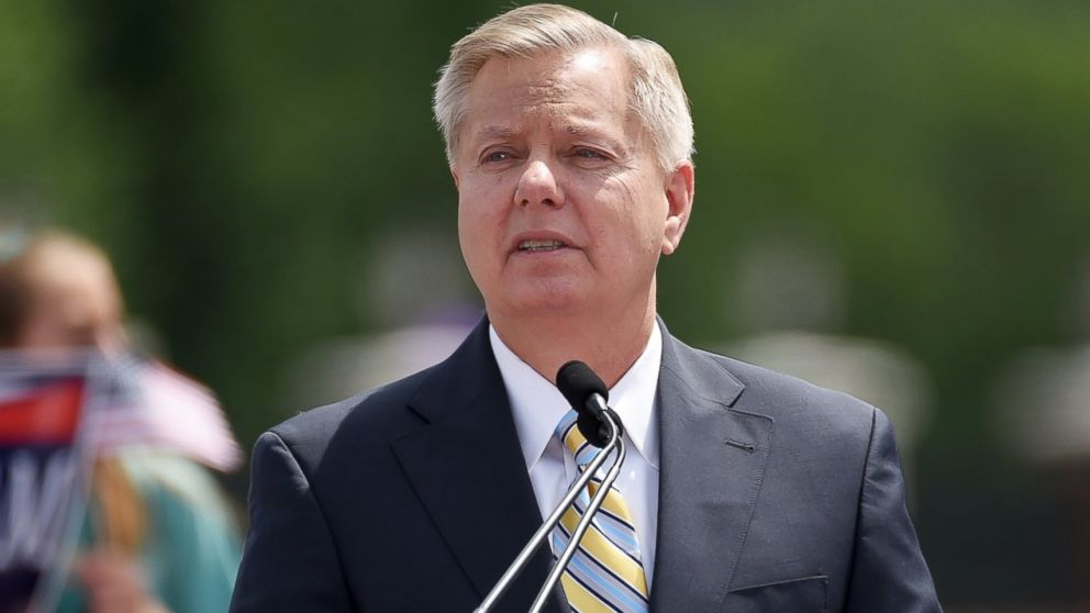 PHOTO: Sen. Lindsey Graham announces his bid for presidency, June 1, 2015, in Central, S.C.