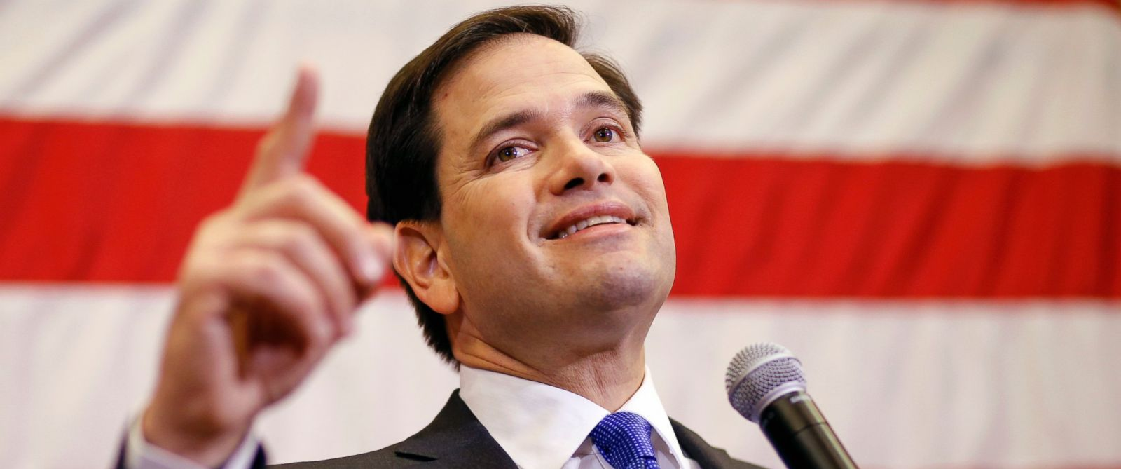 PHOTO: Republican presidential candidate, Sen. Marco Rubio, R-Fla. speaks at a town hall meeting in Cedar Rapids, Iowa, Jan. 5, 2016.