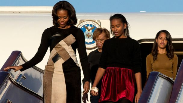 AP michelle obama grandma china 3 sk 140324 16x9 608 Obamas Want Daughters to Work Minimum Wage Jobs