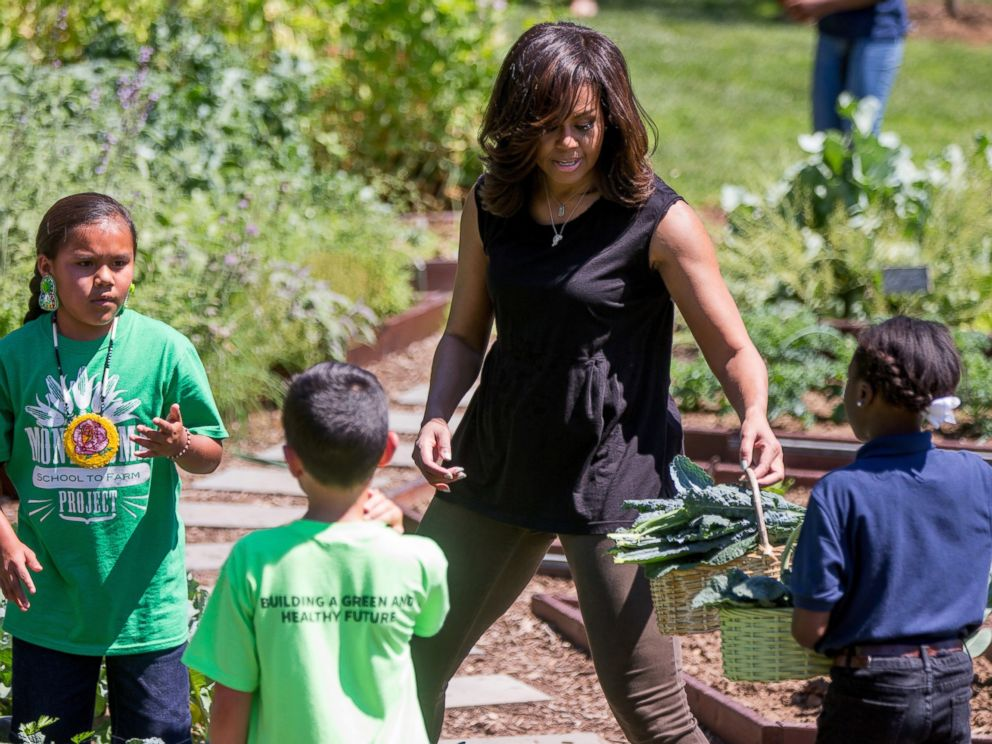 Oprah, Michelle Obama to team up for summit on women in US