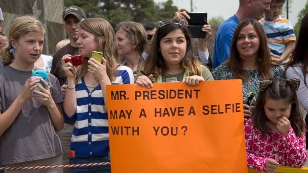 AP mika taylor barack obama south korea jt 140426 16x9 608 13 Year Old Girl Gets a Presidential Selfie Snub From Obama