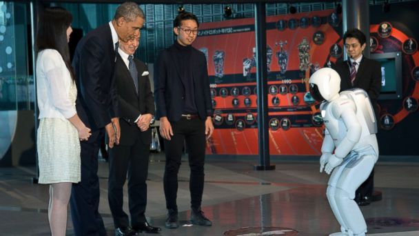 AP obama asimo kab 140423 16x9 608 Humanoid Robot Challenges Obama in Soccer
