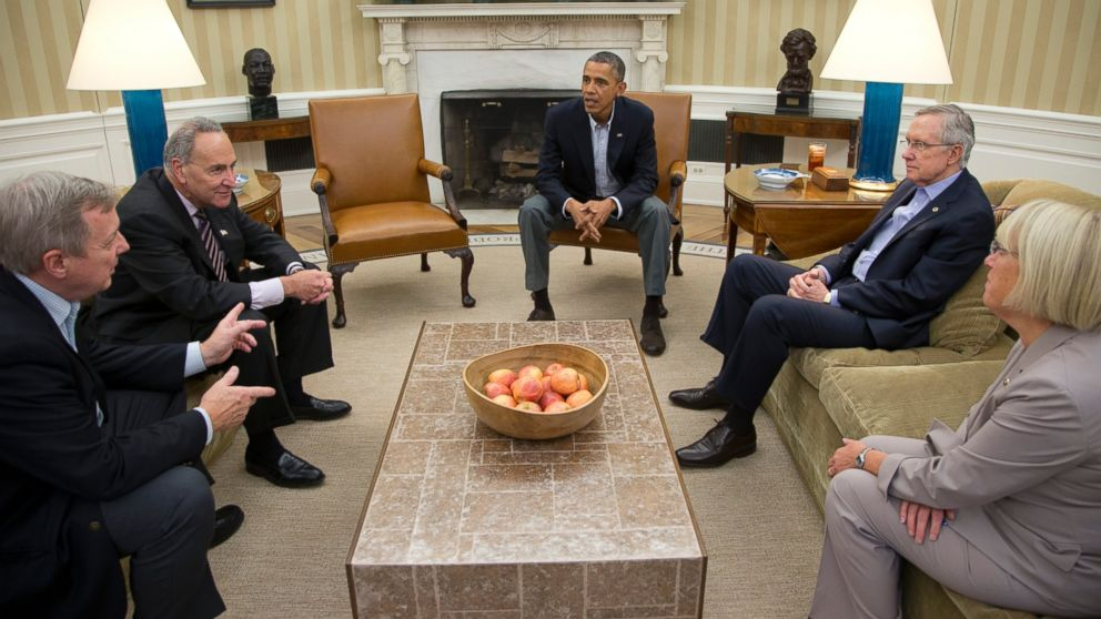 PHOTO: Sen. Dick Durbin, D-Ill., Sen. Charles Schumer, D-N.Y., President Barack Obama, Senate Majority Leader Harry Reid of Nev., Sen. Patty Murray, D-Wash., meet in the Oval Office of the White House, Oct. 12, 2013, in Washington.