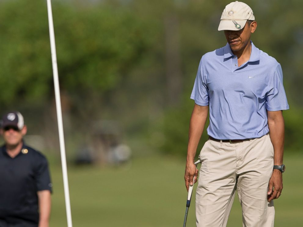 PHOTO: President Barack Obama stands on the second green at Kaneohe Klipper Golf Course on Marine Corps Base Hawaii, in Kaneohe Bay, Hawaii, Jan. 2, 2014.