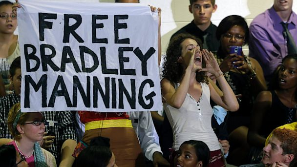 AP obama hecklers nt 130822 16x9 608 Pro Bradley Manning Hecklers Interrupt Obama Speech