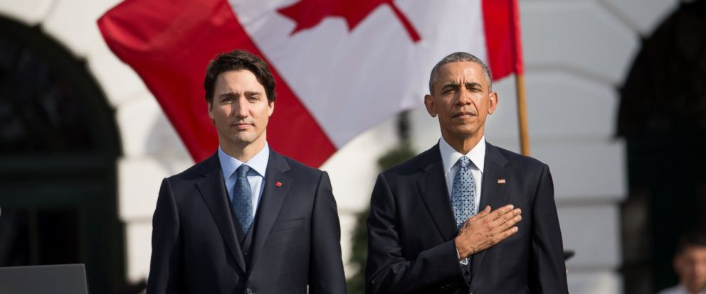 PHOTO: President Barack Obama and Canadian Prime Minister Justin Trudeau stand for the playing of national anthems during an arrival ceremony on the South Lawn of the White House in Washington, March 10, 2016.