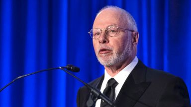 PHOTO: Paul Singer, founder and CEO of hedge fund Elliott Management Corporation, speaks at the Manhattan Institute for Policy Research Alexander Hamilton Award Dinner, May 12, 2014, in New York.