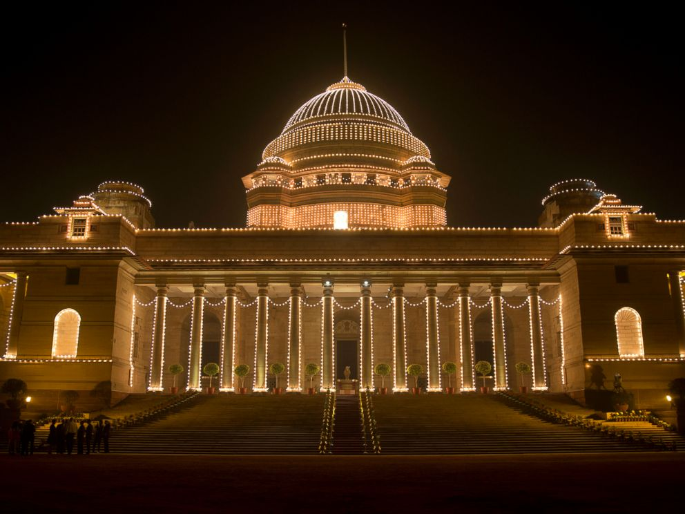 PHOTO: The illuminated Rashtrapati Bhavan, the presidential palace, is seen before President Barack Obama and first lady Michelle Obama and Indian President Pranab Mukherjee participate in a State Dinner, in New Delhi, India, Sunday, Jan. 25, 2015.