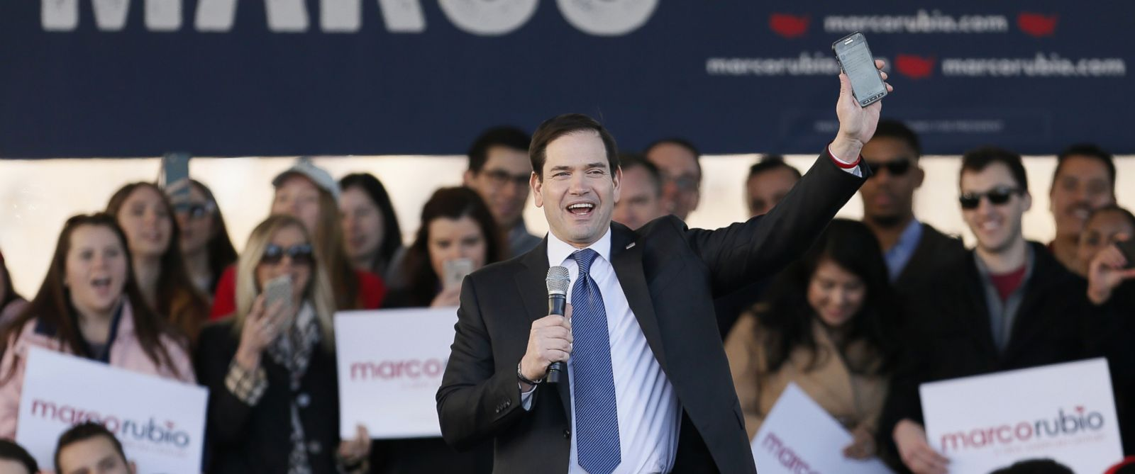 PHOTO: Republican presidential candidate, Sen. Marco Rubio, speaks during a rally, Feb. 26, 2016, in Dallas.