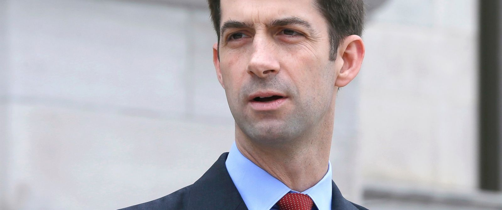 PHOTO: Sen. Tom Cotton, R-Ark., speaks in front of the Arkansas state Capitol in Little Rock, Ark., May 26, 2015.