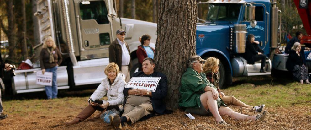 PHOTO: Attendees wait for the start of a Republican presidential candidate Donald Trump campaign event, Feb. 17, 2016, in Walterboro, S.C.