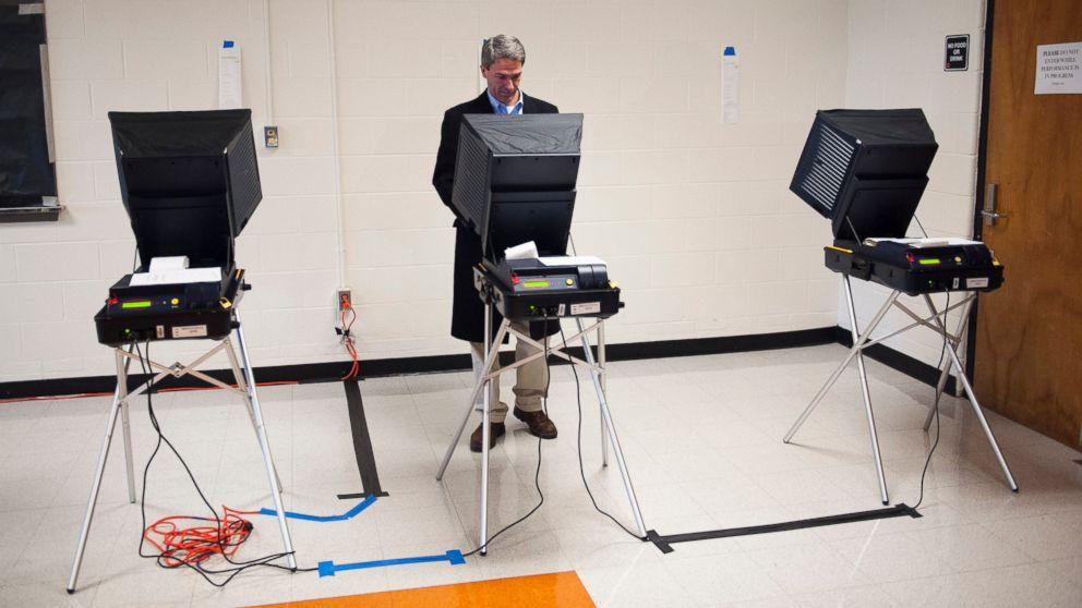 PHOTO: Virginia Republican gubernatorial candidate, Virginia Attorney General Ken Cuccinelli, votes at Brentsville District High School in Nokesville, Va., Nov. 5, 2013.