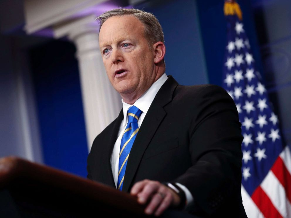 PHOTO: White House Press Secretary Sean Spicer responds to a question from the news media during a press conference in the Brady Press Briefing Room of the White House in Washington, Jan. 24, 2017.