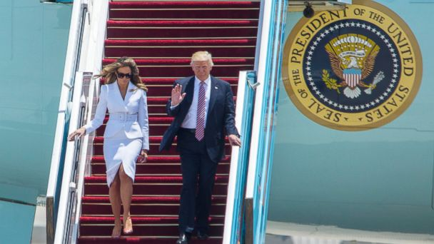 PHOTO: President Donald J. Trump waves as he and his wife, First Lady Melania Trump, walk down the steps of Air Force One after landing at Ben Gurion Airport in Lod, outside Tel Aviv, Israel, on May 22, 2017.