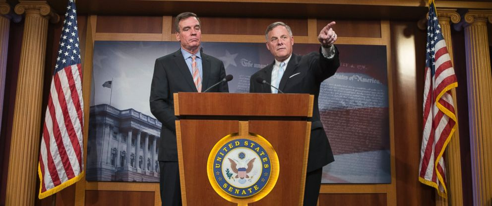 PHOTO: Sen. Richard Burr, right, and Sen. Mark Warner hold a news conference on the committees investigation into Russian interference in the 2016 presidential election on Capitol Hill, March 29, 2017.