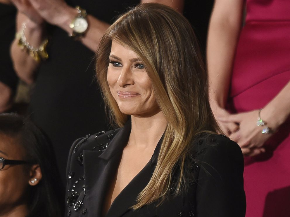 PHOTO: First lady Melania Trump waits for President Donald J. Trump to ...
