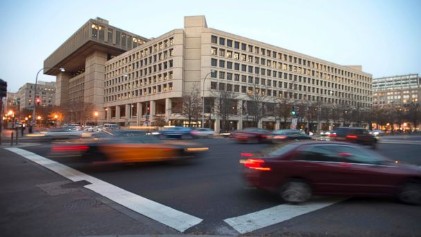 http://a.abcnews.com/images/Politics/GTY-FBI-Exterior-MEM-170510_16x9_608.jpg