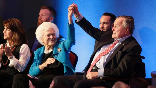 PHOTO: Barbara Bush and Former President George H.W. Bush at the Republican presidential primary candidate debate sponsored by CNN and Telemundo in Houston, TX, on February 25, 2016.