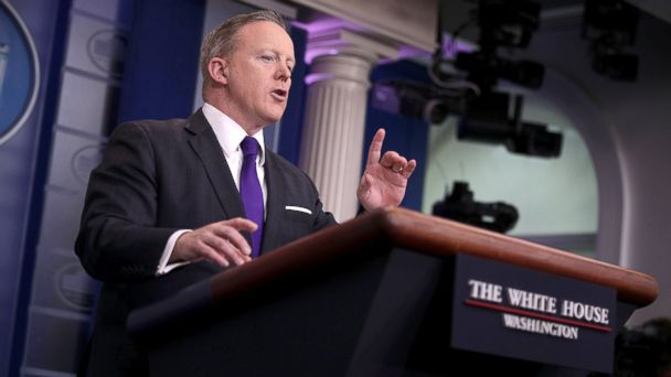PHOTO: White House Press Secretary Sean Spicer participates in a daily press briefing at the White House March 30, 2017 in Washington, DC.