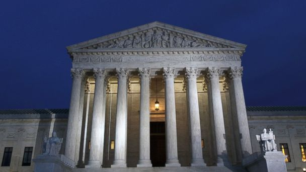 PHOTO: A view of the Supreme Court at dusk, Jan. 31, 2017 in Washington, D.C.