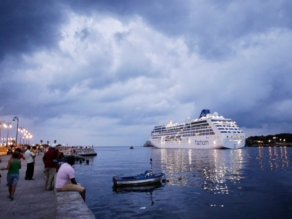PHOTO: The cruise ship Adonia leaves Havana bay, Cuba, May 3, 2016.