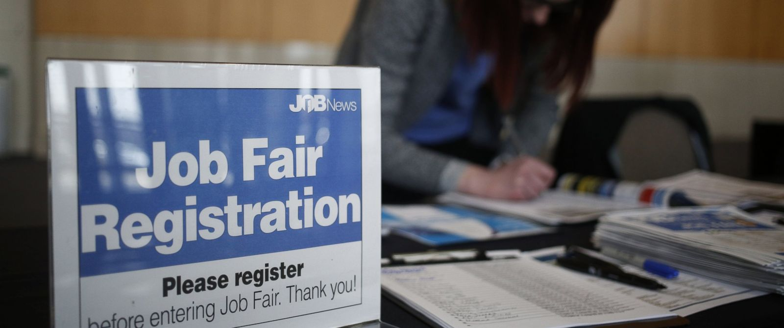 analysis how to interpret trump s first jobs report abc news photo an employee registers job seekers during a job news usa career fair in overland