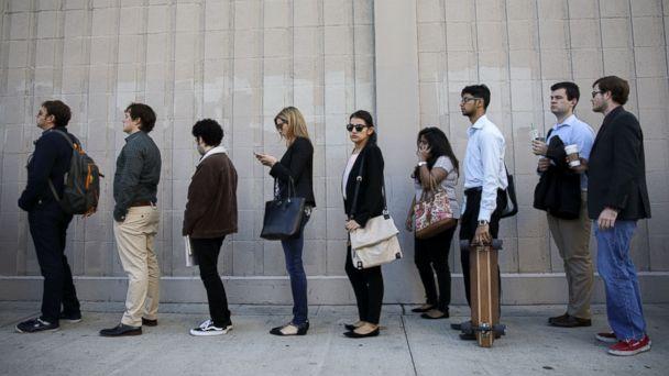 PHOTO: Job seekers wait in line during the TechFair LA job fair in Los Angeles, California, Jan. 26, 2017.