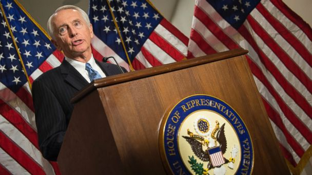 PHOTO: Kentucky Governor Steve Beshear speaks during a press conference after a closed joint whip and caucus meeting on the Affordable Care Act on Capitol Hill in Washington, D.C., Dec. 5, 2013.