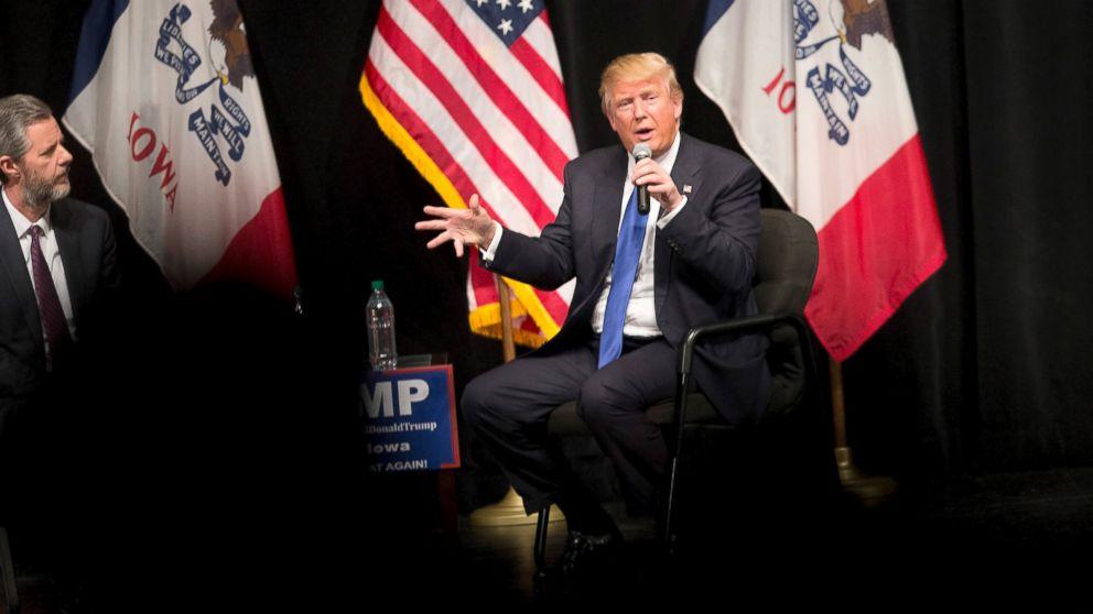 President Trump addresses Liberty University grads