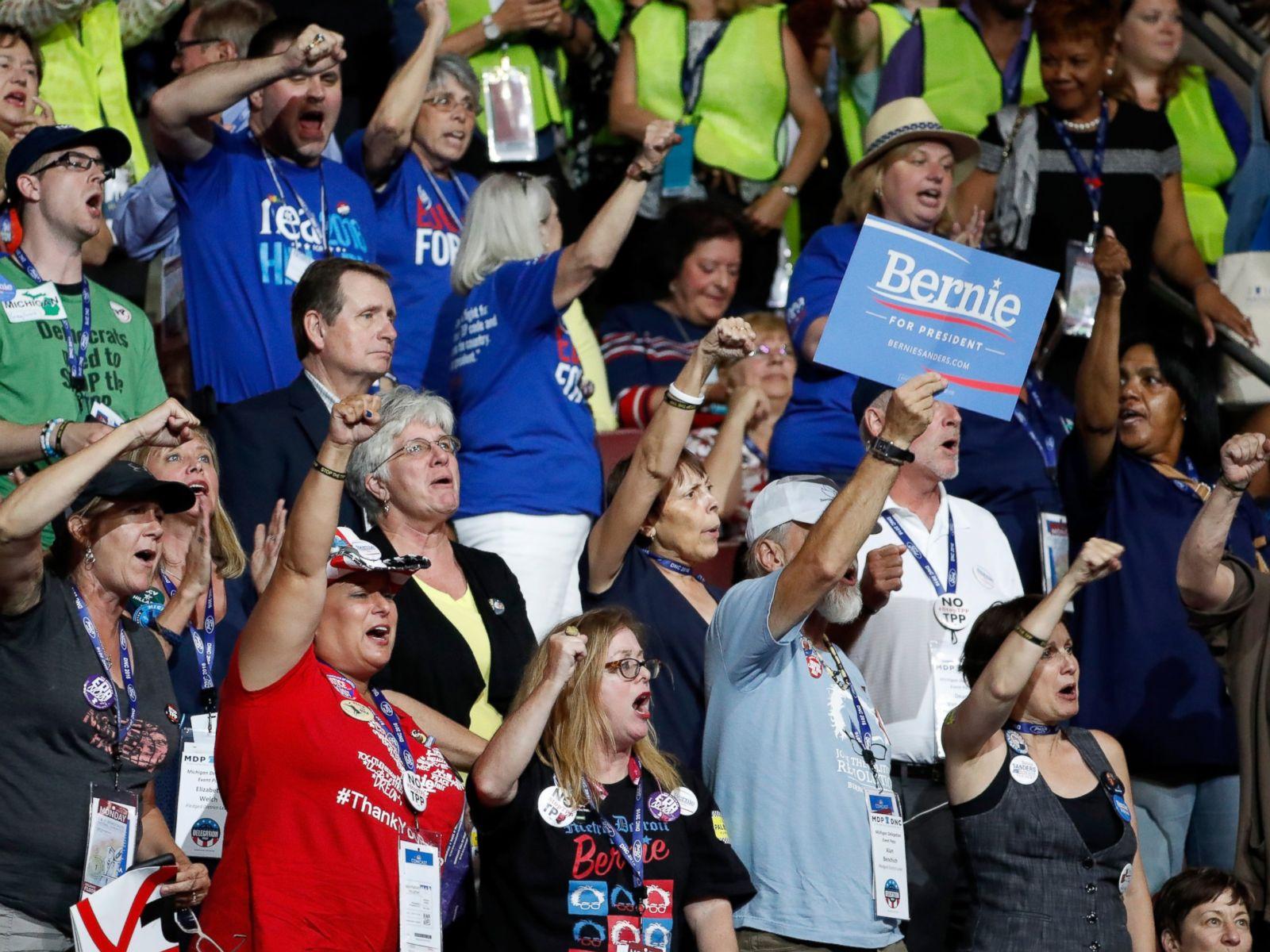 PHOTO: Delegates chant