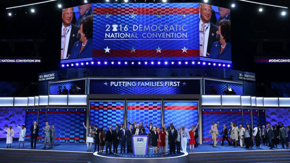 PHOTO: Representatives of the New York State delegation stand on stage during the first day of the Democratic National Convention, July 25, 2016 in Philadelphia, Pennsylvania.